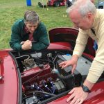 Wiscombe Park 4/9/2016 – Colin McLatchie giving a mechanical explanation